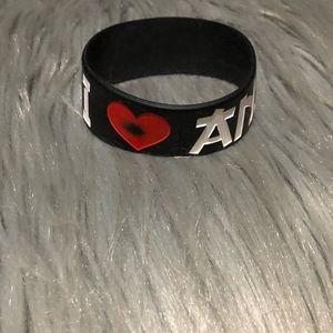Jewelry - I heart anime rubber bracelet